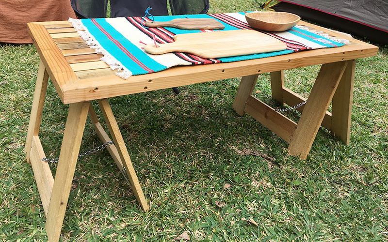 DIY キャンプテーブル