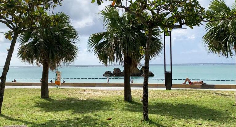 アラハビーチ(安良波公園)を満喫するコツ!BBQやカフェに散歩道・駐車場情報